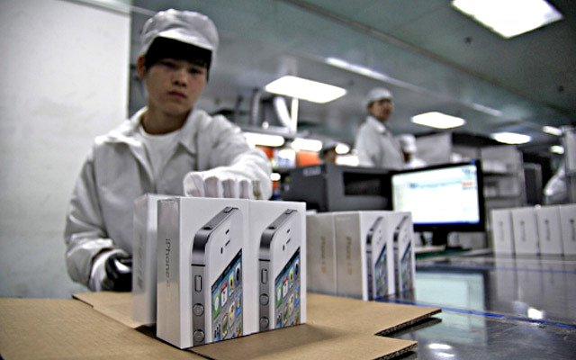 Прибыль Foxconn упала на 31% на фоне снижения продаж iPhone