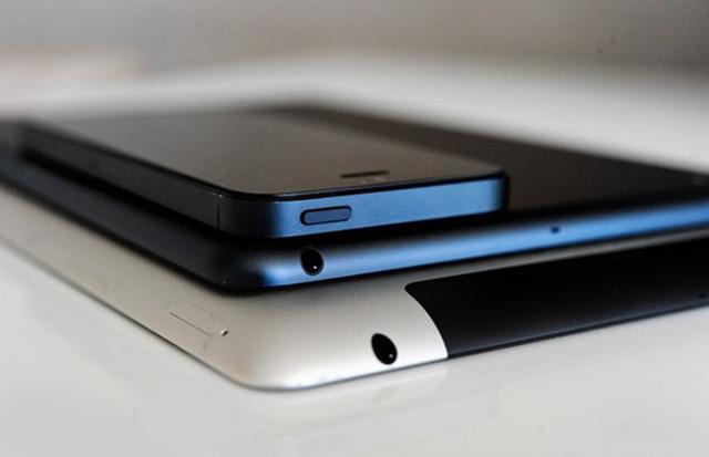 Apple тестирует iPad и iPhone с большими дисплеями