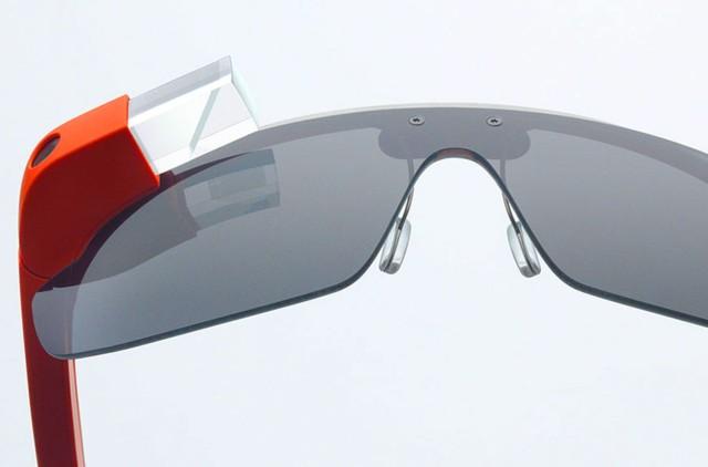 Google Glass возможно будет купить уже в следующем году