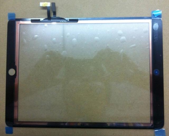 Фото фронтальной панели iPad 5