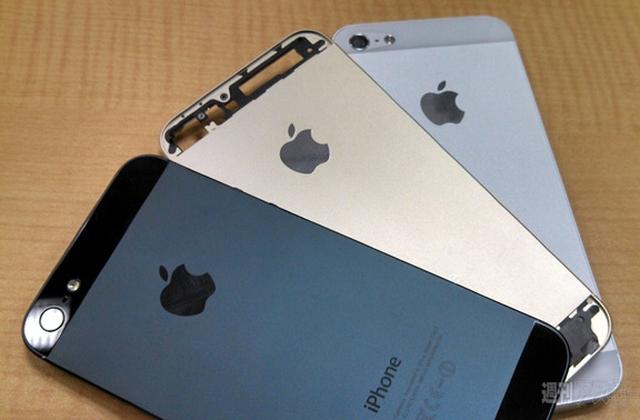 Новая порция фото iPhone 5S в золотистом исполнении
