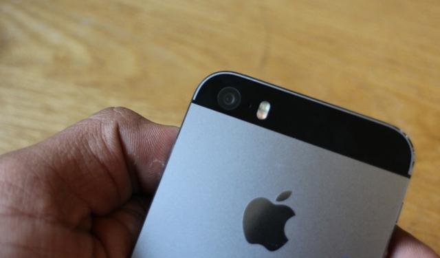 Слухи: Apple добавит новый цвет 'темно-синий' взамен 'Space Gray'