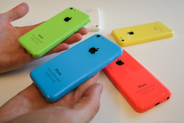 Аналитики: iPhone 5c не скажется на популярности Android-смартфонов