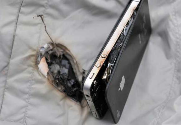 iPhone продолжают гореть