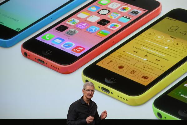 Тим Кук: iPhone 5c не располагался как телефон начального уровня