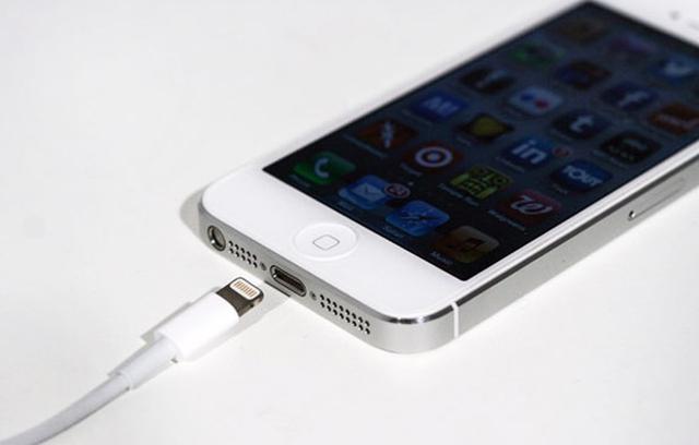 Apple запатентовала солнечную зарядку для iPhone, iPad и MacBook