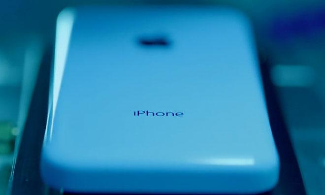 Apple привлечет новых партнеров для сборки iPhone 5с и iPad mini