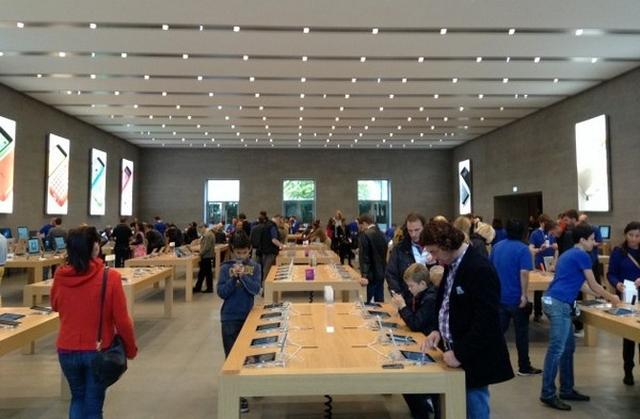 apple-store-moscow