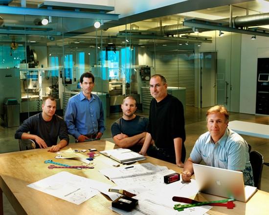 Драма в Apple: Фил Шиллер отписался от Тони Фаделла после покупки Nest