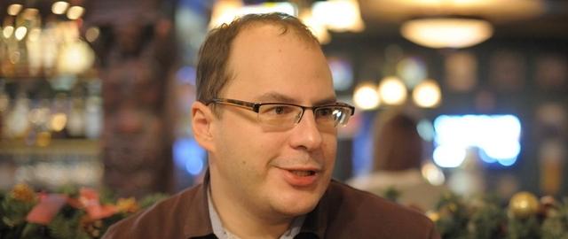 Эльдар Муртазин: российские ритейлеры не могут продать 55 000 iPhone 5c
