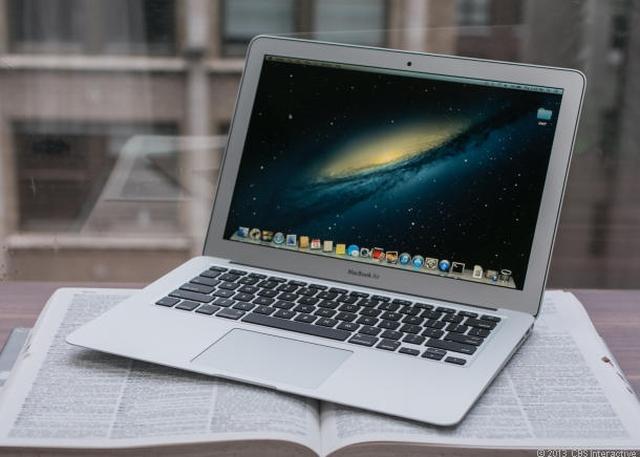 Apple_MacBook_Air_13-inch_35781451_06_610x436