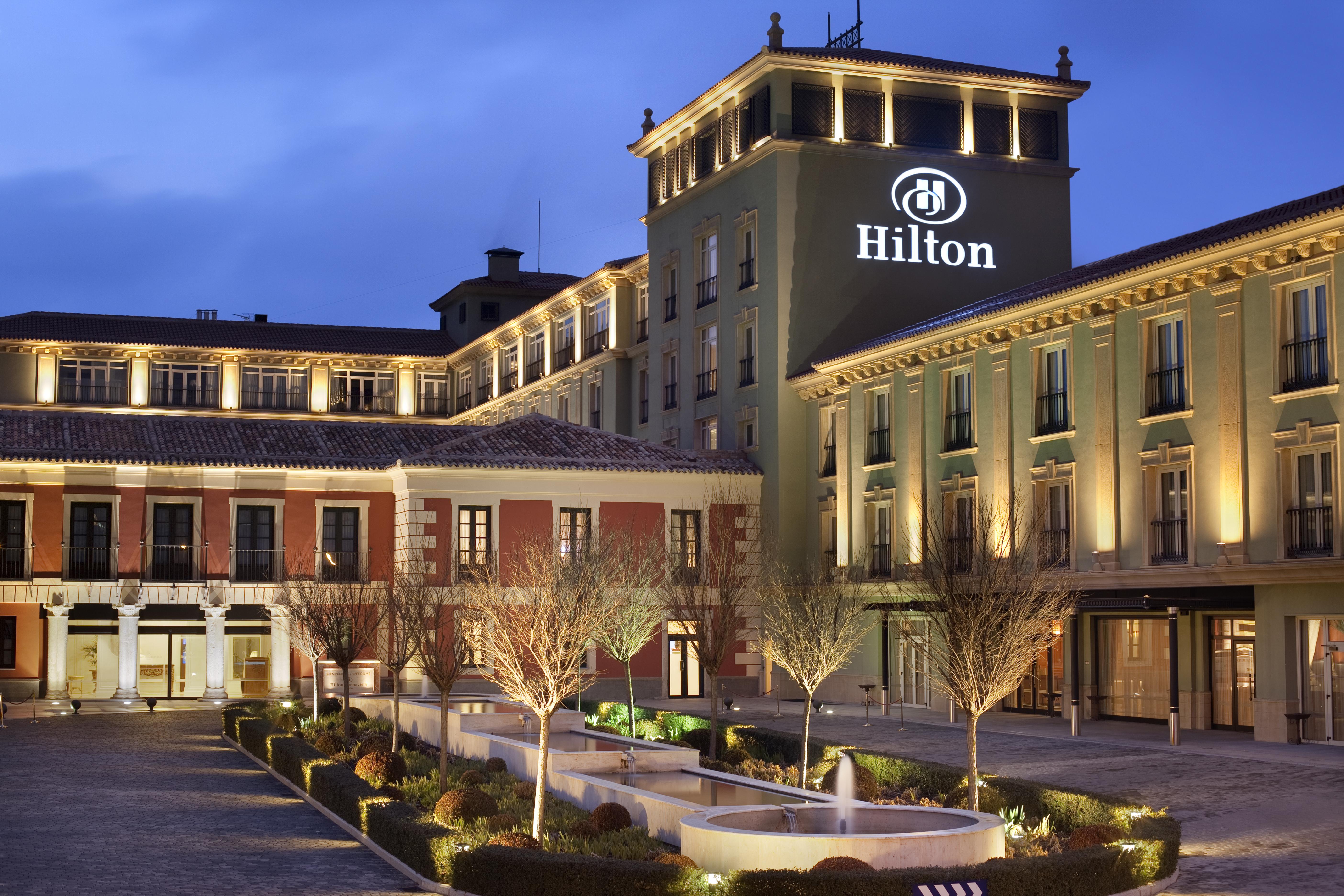 Hilton сделает из iPhone ключ к номеру