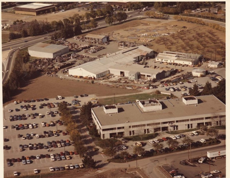 and-heres-a-look-at-hewlett-packards-wolfe-road-facility-as-it-was-in-1983