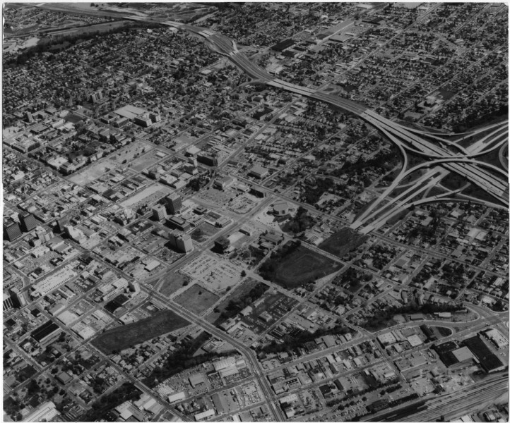 by-the-1970s-and-1980s-san-jose-had-developed-into-a-thriving-metropolis