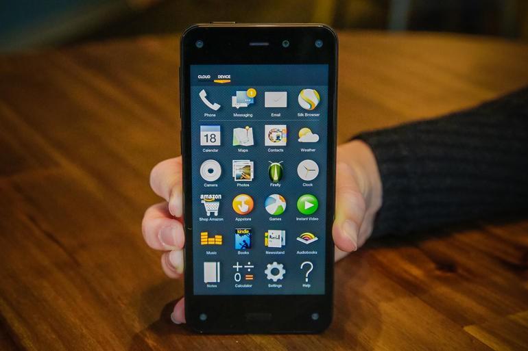 Amazon Fire Phone показал слабые продажи