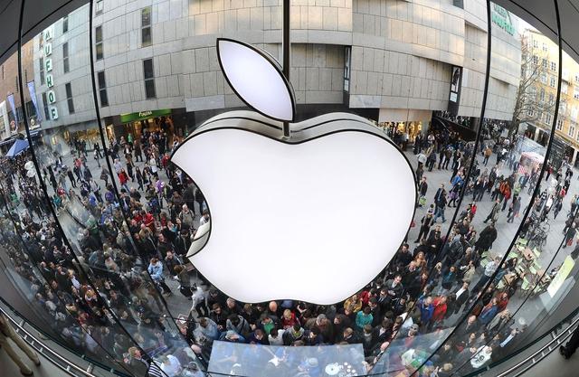 Акции Apple преодолели отметку в $100
