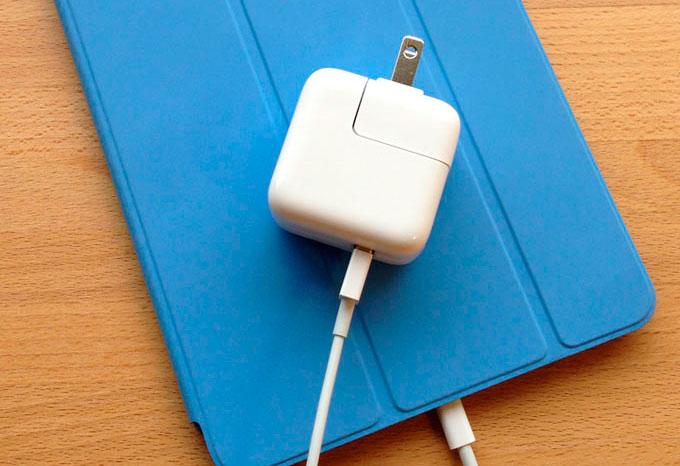Используйте для зарядки новых iPhone кабель от iPad