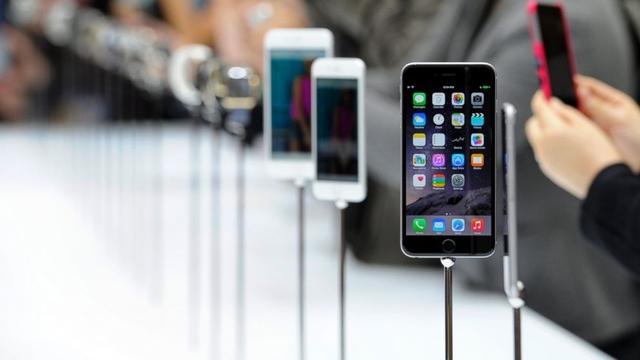 В России стартовали продажи iPhone 6 и iPhone 6 Plus