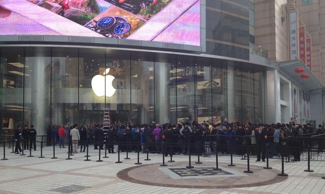 Apple откроет в Китае 25 новых Apple Store