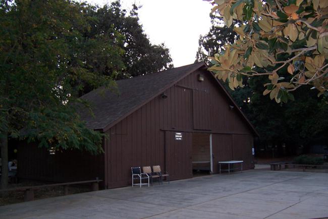 Apple оставит историческое здание в пределах нового кампуса