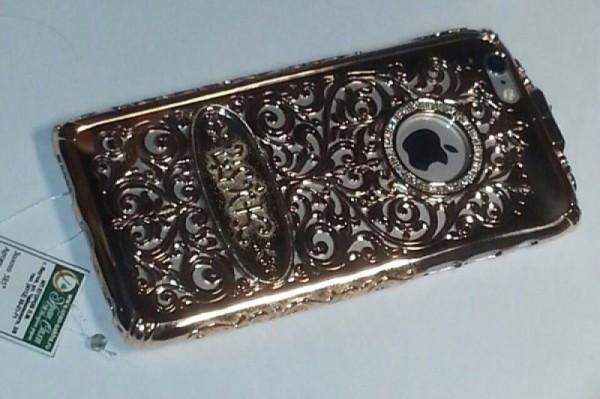 Якутские ювелиры создали золотой чехол для iPhone 6 за 550 000 р.