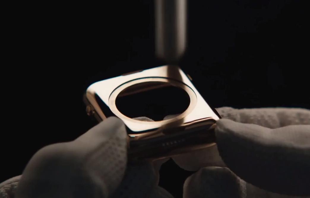 Как делают разные версии Apple Watch
