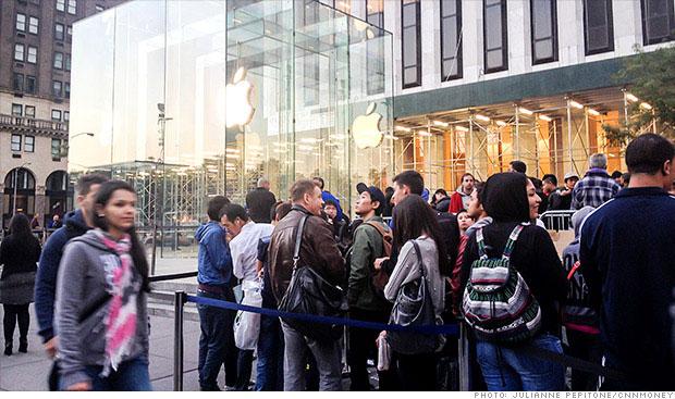 Анджела Арендтс против очередей под магазинами Apple