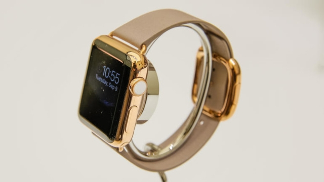 Аналитик: за первый уикенд Apple Watch разойдутся миллионным тиражом