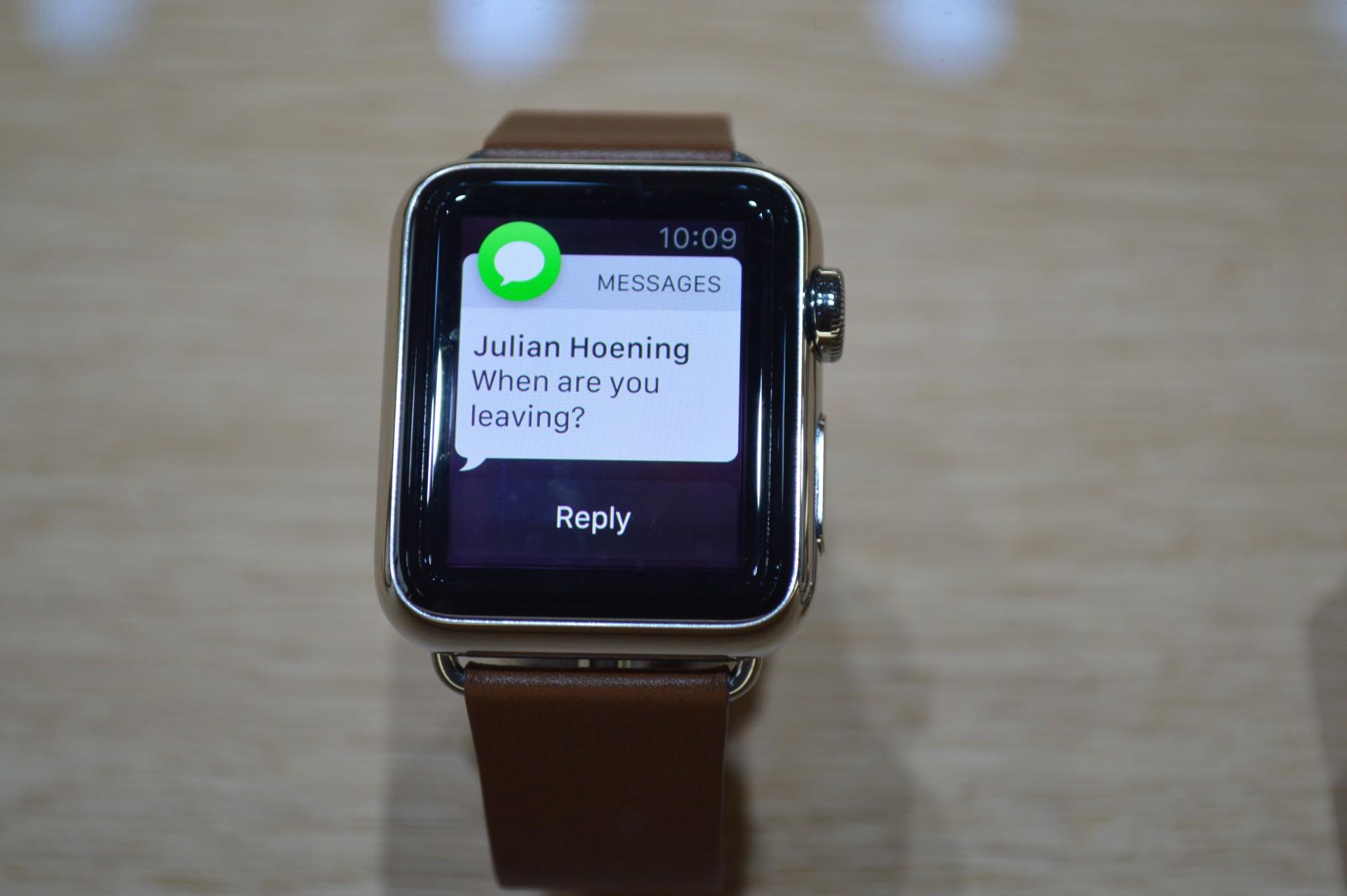 Спрос на Apple Watch в США — 15 млн устройств