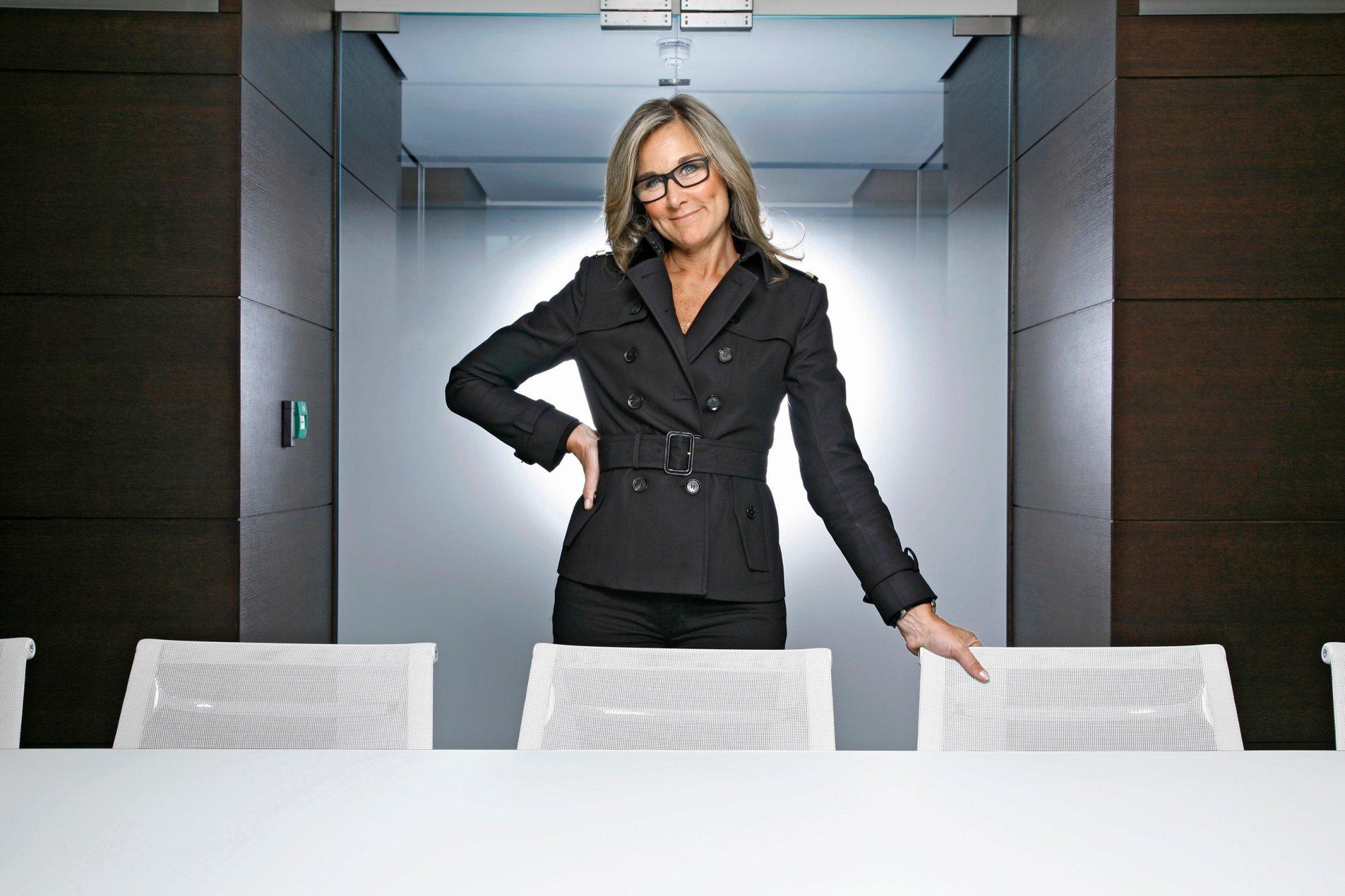 Анджела Арендтс вошла стала самым оплачиваемым менеджером в США