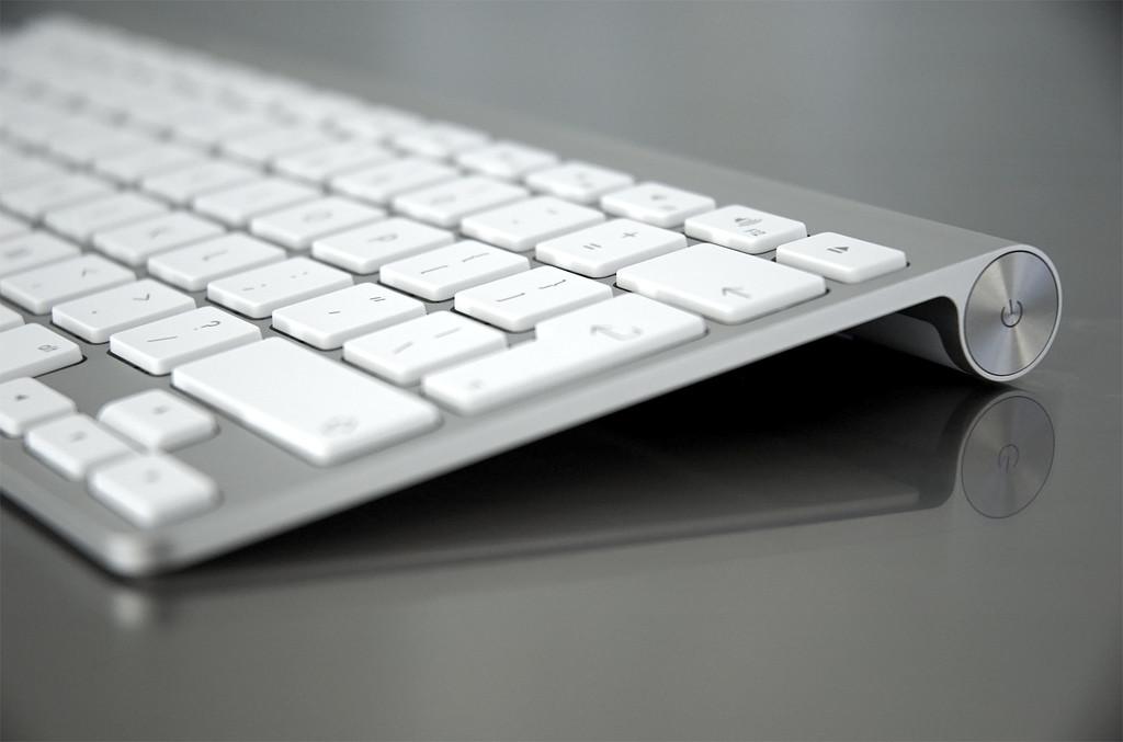 Apple может выпустить сенсорную клавиатуру