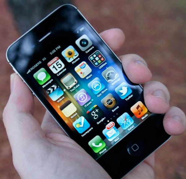 В Китае конфисковали партию поддельных iPhone 4s на оригинальной iOS 8