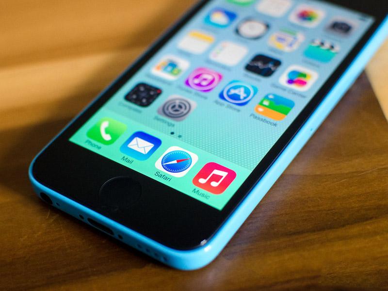 СМИ говорят об одновременном запуске в продажу iPhone 6c и iPhone 6s