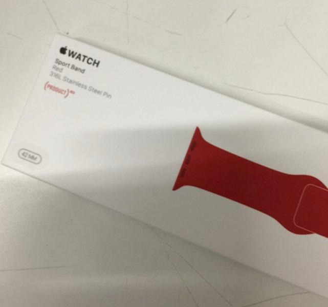 Красный ремешок для спортивных Apple Watch Ipad Pro и что еще готовит Apple