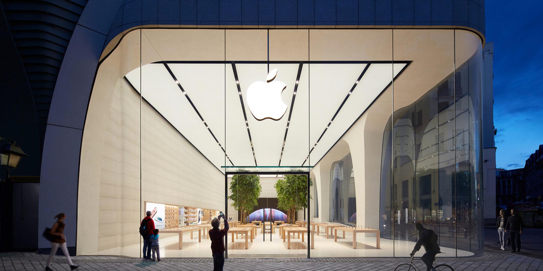 В Брюсселе открыли Apple Store с живыми деревьями внутри
