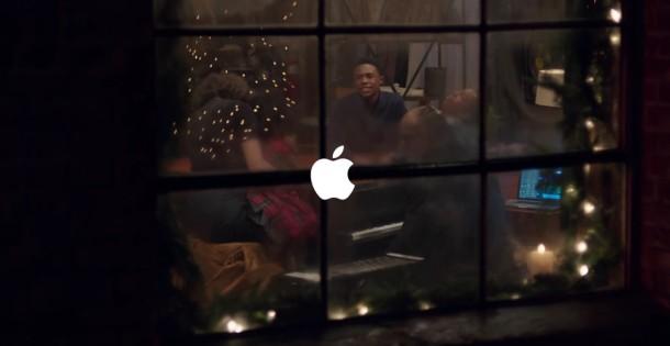 Новый рекламный ролик от Apple со Стиви Уандером