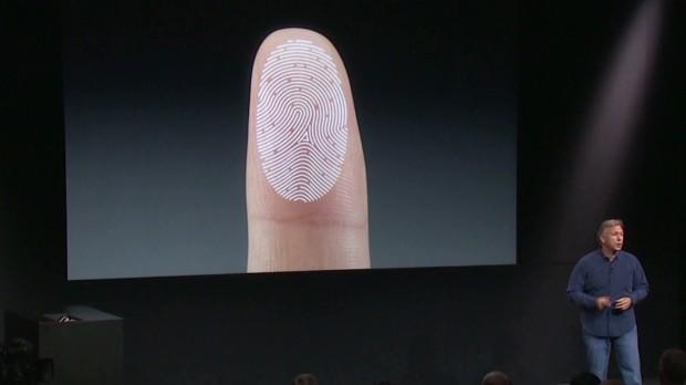 Apple выпустила два новых рекламных ролика про iPhone 6S