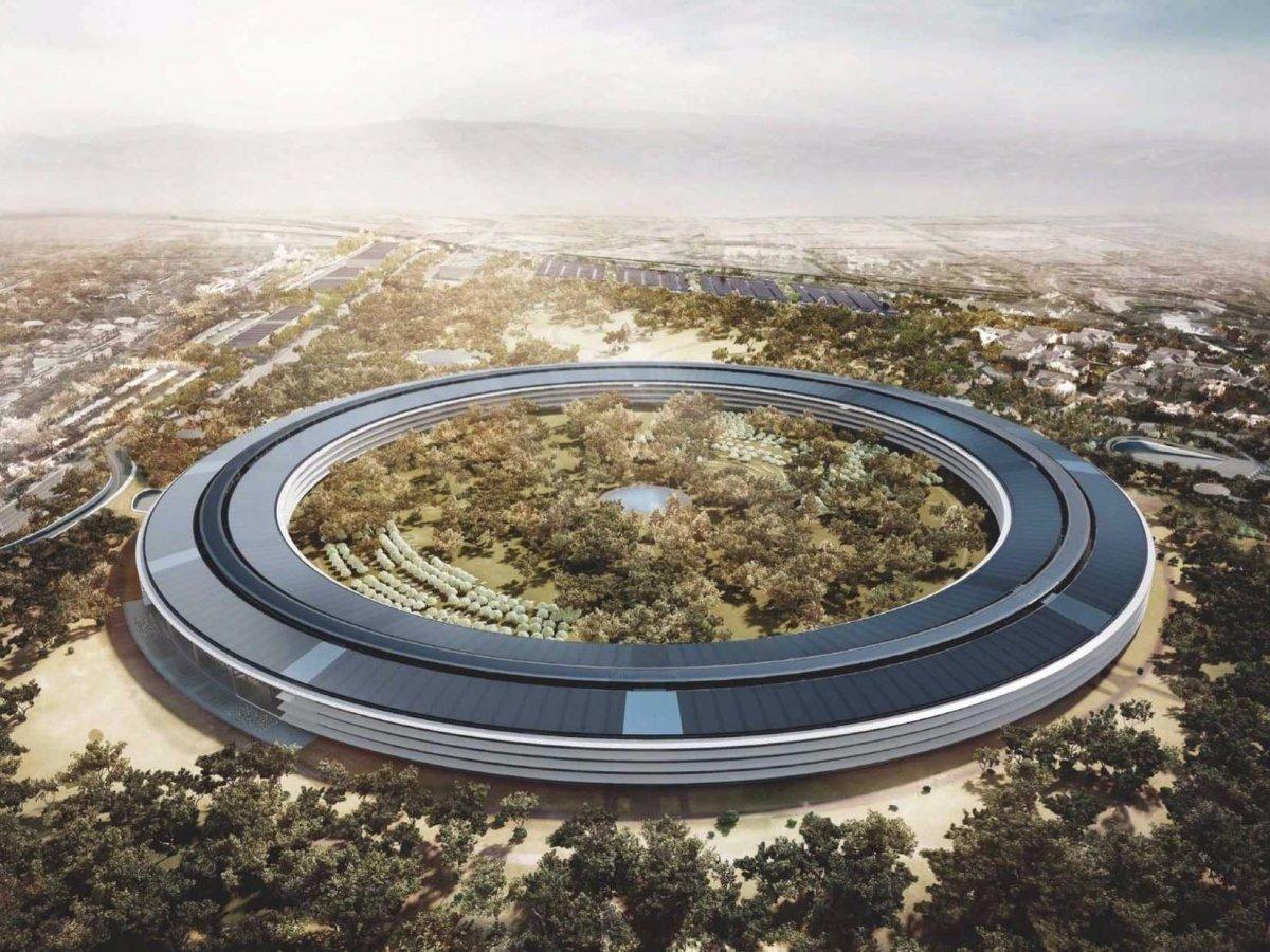 Августовское видео дрона со стройки Apple Campus 2