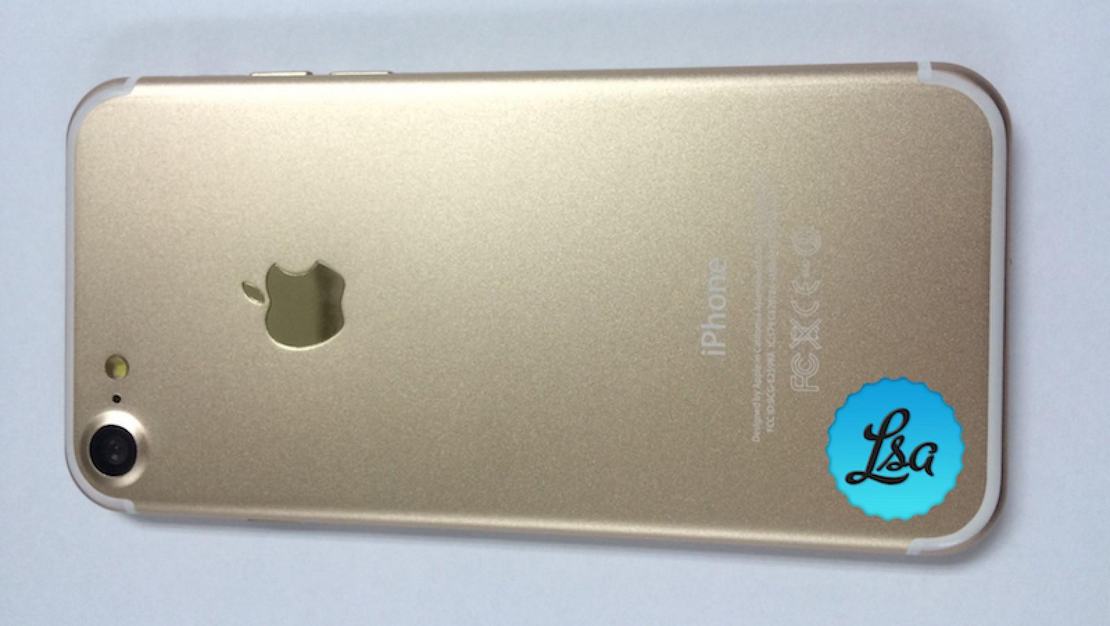 Новые фото высокого разрешения iPhone 7 и iPhone 7 Plus в золотом цвете
