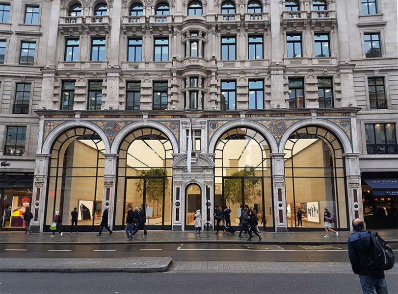 Apple сделала предварительный показ обновленного флагманского магазина в Лондоне