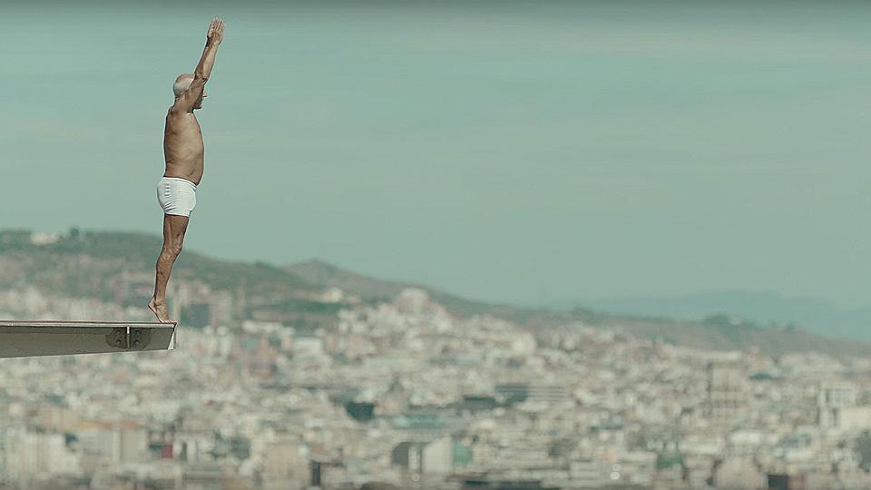 Новая реклама iPhone 7 'Dive'