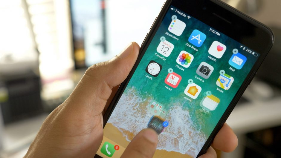 Как не приобрести поддельный смартфон от именитого бренда