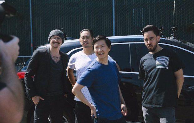 Честер Беннингтон из Linkin Park снялся в эпизоде шоу-караоке для Apple Music за несколько дней до его смерти