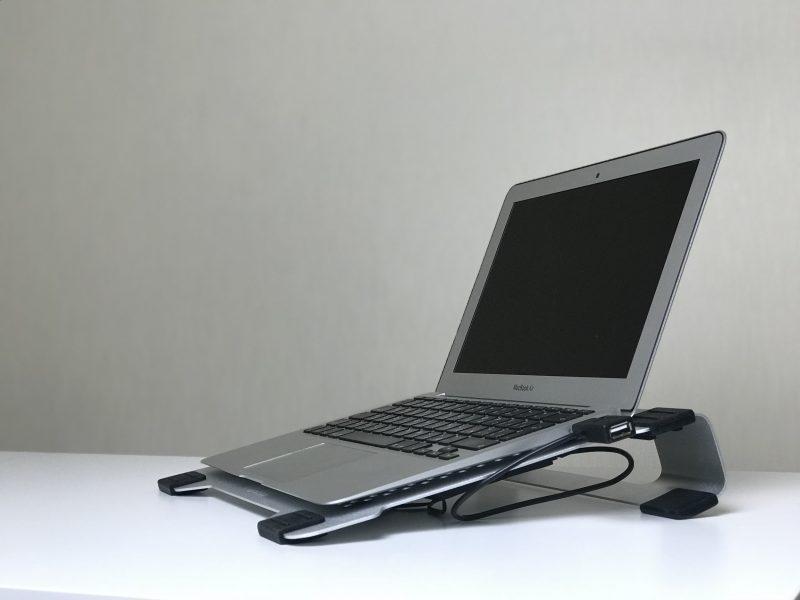 Новое видео на нашем YouTube канале: Обзор подставки для ноутбука