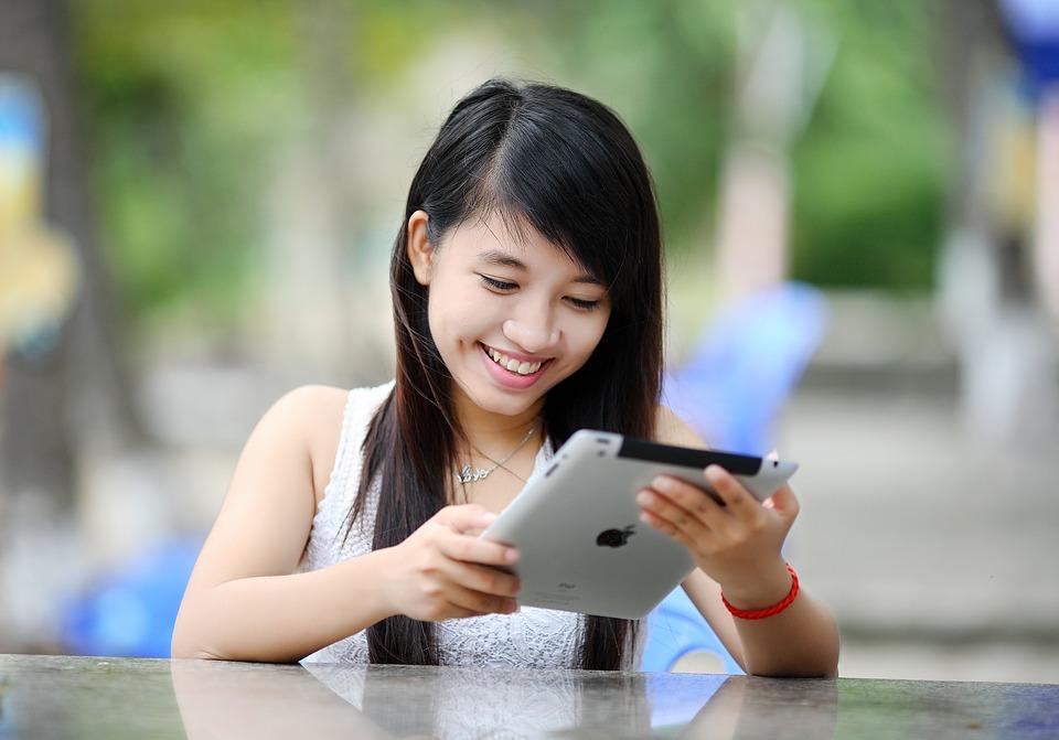 Если планшет, то только iPad. Поговорим о плюсах от Apple