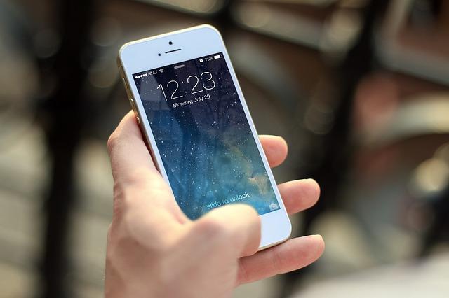 Подробный обзор Apple iPhone SE