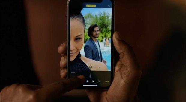 """Apple поделилась еще одним юмористическим рекламным роликом """"Alejandro"""""""
