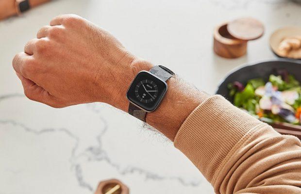 Fitbit дебютирует с новыми умными часами Versa 2 и сервисом Fitbit Premium за 10 долларов в месяц