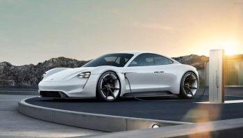 Porsche Taycan EV включит интегрированное приложение Apple Music